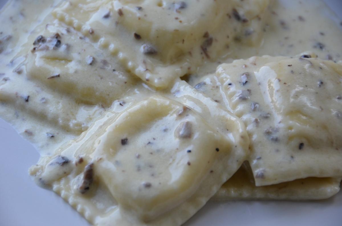 ravioli in truffle cream sauce