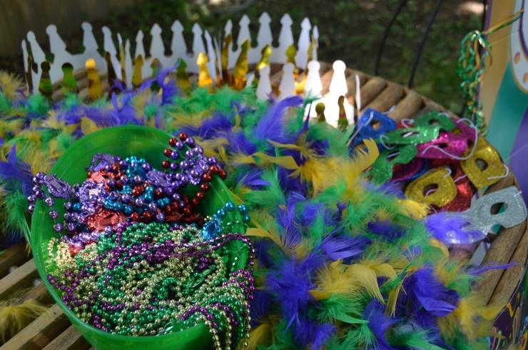 mardi gras party favors