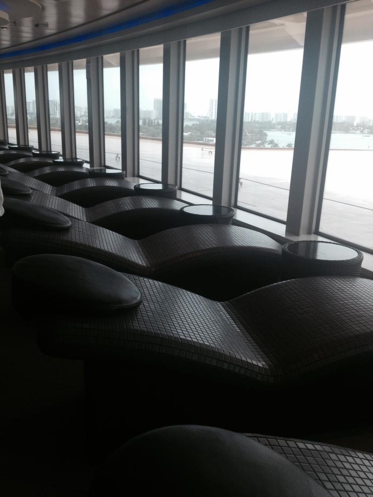 heated lounge chairs norwegian getaway