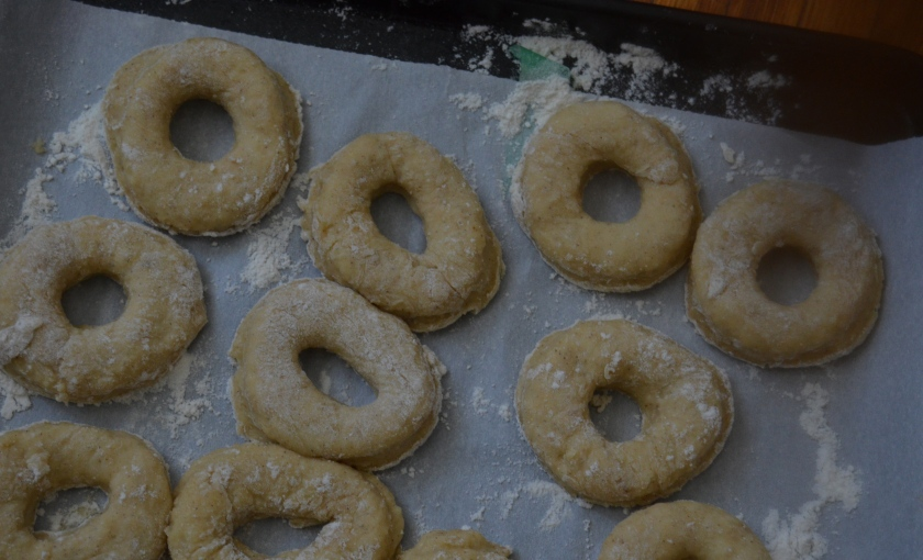 cinnamon sugar buttermilk donuts