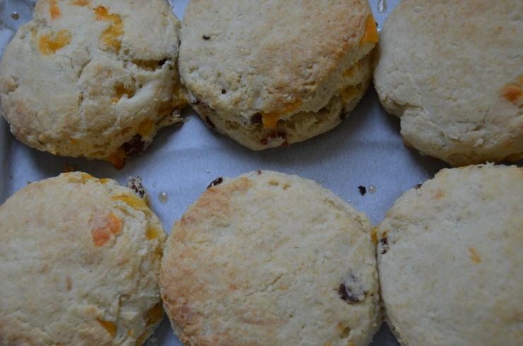 bacon cheddar buttermilk biscuits