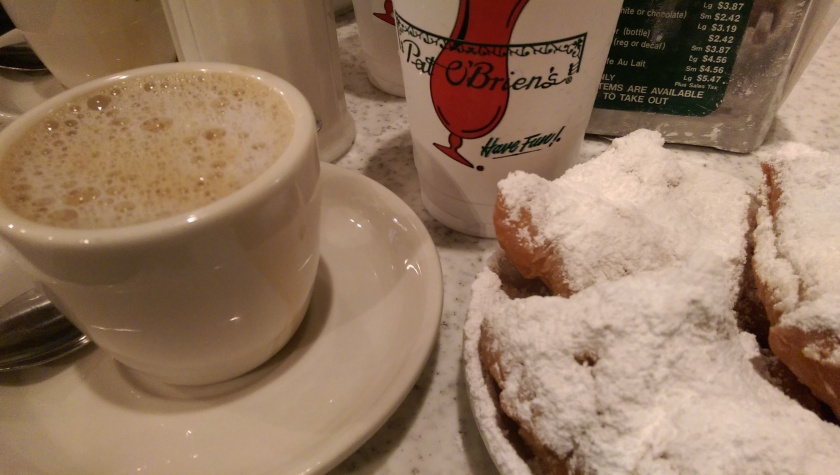 cafe du monde and pat o'briens new orleans