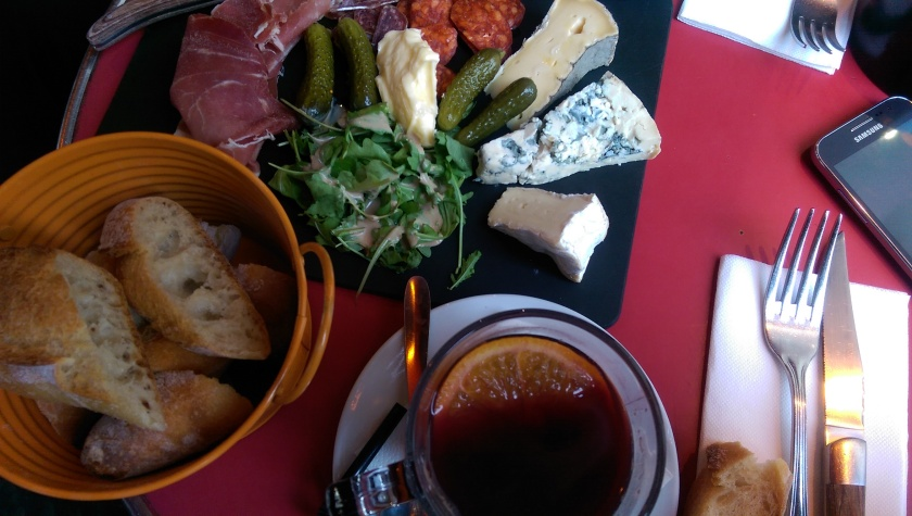 vin chaud and cheese plate